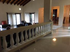 Hotel photo: Luxurious Villa Azalea with great ocean view