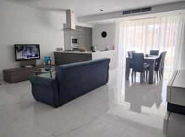 Hotel photo: Mellieha modern Apartment with Views