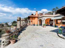 Hotel photo: Villa La Dimora Massese Sea View