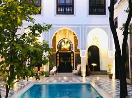 Hotel photo: Riad Maison Bleue and Spa