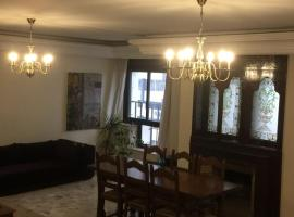 Hotel photo: Top-floor 150m2 Luxury Apt Gauthier Twin Center