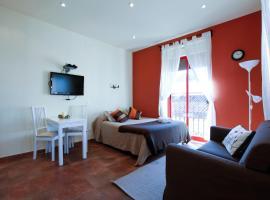 A picture of the hotel: Viviendas Turísticas Camino del Prado