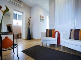 Hotel Photo: Viviendas Turísticas Conde de Molina