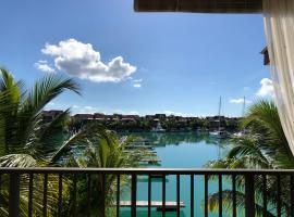 Hotel photo: Eden Island Marina apt. with a jet ski, BBQ grill, WiFi, Sat TV and pool