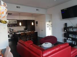 Hotel photo: Penthouse 770 Fisgard Street