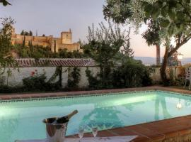 Photo de l'hôtel: 2.5 Million Villa. Magical Sunset. Super close to everything. 5BR, 4BA, Pool, A/C+Heating