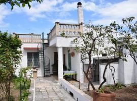 ホテル写真: Tonia's mansion - Free airport pick-up