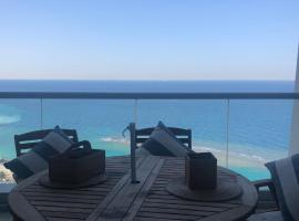 Hotel photo: Beautiful sea view apartment