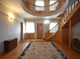 Hotel photo: Armer's House 2 floor 5 bedroom view with terrace