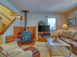 Hotel photo: Hideaway Valley: Cozy Condo #19