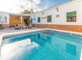 Hotel photo: Three-Bedroom Holiday Home in Penaflor