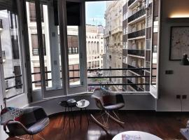 Hotel photo: Newly designed apartment in prime location in Valencia!