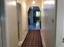 Hotel fotoğraf: شقة مفروشة بجانب مسجد التلاوي