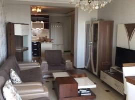 Hotel photo: Quiet apartment, warm, fully furnished