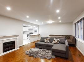 Hotel fotografie: Comfy, Modern Home! Best Location