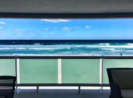 Hotel photo: the perfect ocean front house in hotel zone