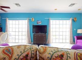 A picture of the hotel: Sunny Condo in Perfect Sandyport, Nassau, The Bahamas
