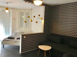 Фотографія готелю: Studio Max