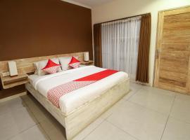 Hotel photo: OYO 817 Mesari Beach Inn