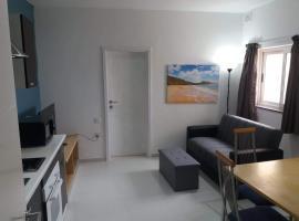 Hotel photo: Cosy apartment en-suite & Ac