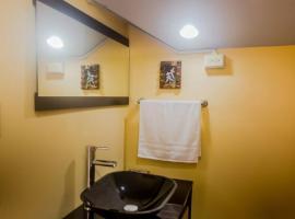 Hotel photo: Quiet and comfortable 2-room apartment