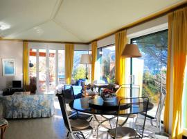 Hotel photo: Superb sea views villa with swimming pool