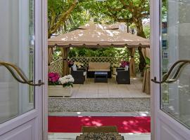 होटल की एक तस्वीर: Hotel Coluccini