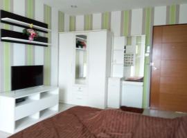 A picture of the hotel: BaanBaan Homestay