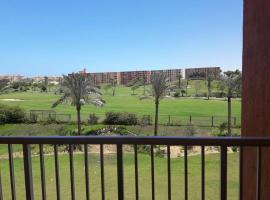 Hotel photo: Golf Porto Marina Chateau