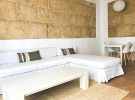 Hotel photo: Beautiful apartment in Ibiza, Marina-Port, 2º A