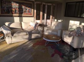 Hotel photo: Klein Windhoek Garden flat