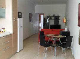 Hotel photo: Great Apartment,8min walk from sea!