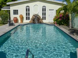 Hotel photo: Palm Court Condos