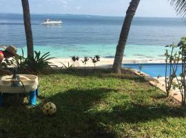 Hotel photo: Front Beach Home Gaviotas Cancún