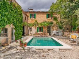 Hotel photo: Casa Llombards