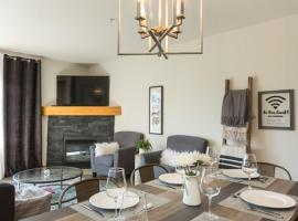 Hotel photo: Spacious Luxury Condo with Rooftop Hot Tubs
