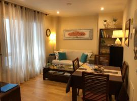 Foto di Hotel: Céntrico Apartamento. Parking incl.