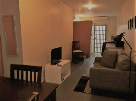 Hotel photo: Warm 1-Bedroom Annex, Woodbrook