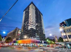 Zdjęcie hotelu: BIG SIZE 2BR + CAR = HEART OF MELBOURNE CBD