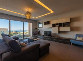 Hotel photo: Stunnning 3 Bedroom Apartment with Sea Views