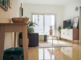 Hotel photo: Phaedrus Living: City Centre Luxury Flat Esperidon 201