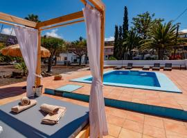 Hotel Photo: RESIDENCIAL LOS CASTELLANOS