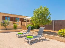 Hotel photo: CAN TOMEU (SES SALINES)