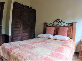 Hotel photo: Lake Home Atitlan AT025