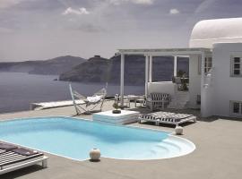 Hotel photo: Villa with Swimming pool in Santorini, Greece WOW View