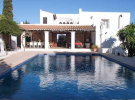Hotel photo: Villa in Ibiza with Pool