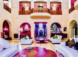 Hotel photo: Palais NASDAC 8 suites