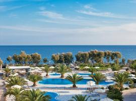 Hotel photo: Santo Miramare Beach Resort