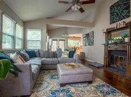 A picture of the hotel: Comfortable, Family and Business Friendly 2BD/2BA House in North Austin