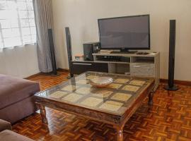 Hotel photo: Spacious westlands getaway with wifi
